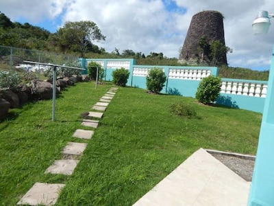 Promenade des figuiers, Carlisle Bay, Saint Mary, Antigua-et-Barbuda