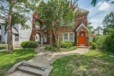The Ascot Cottage of Dallas