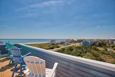 Oceanview Rooftop Deck