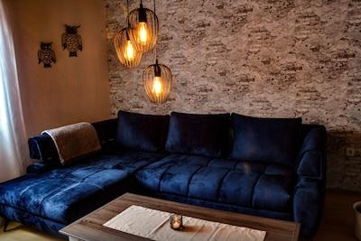 Wohnzimmer mit Eck-Couch