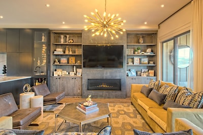 Super upgraded new townhome has contemporary finishes
