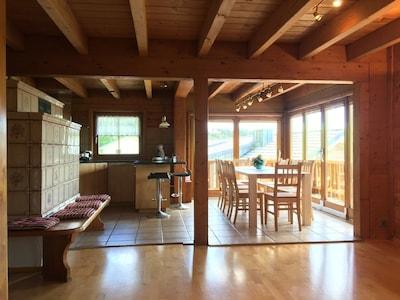 Ferienhaus, 130qm, 4 Schlafzimmer, max. 8 Personen-Kachelofen und Esszimmer