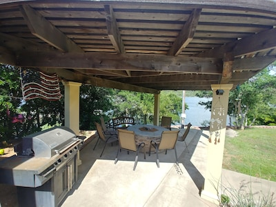 Covered patio and grilling area