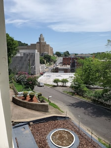 Beautiful views of downtown Hot Springs National Park! Spacious Front porch.