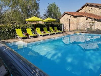 La Péruse, Terres-de-Haute-Charente, Charente, France