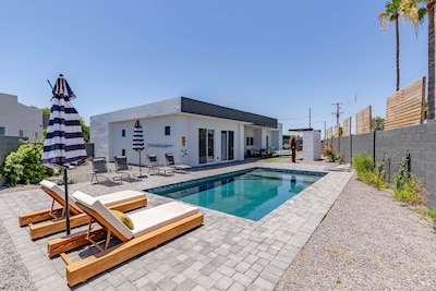 Amazing backyard with pool and ample patio space