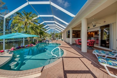 Pool Bar with Umbrella