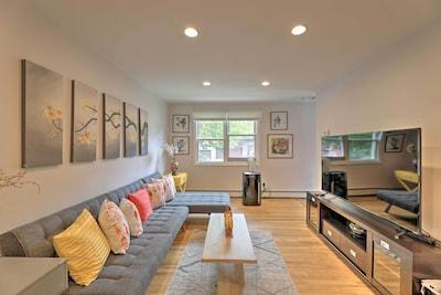 Living Room | Smart TV | Hardwood Floors | Air Conditioning