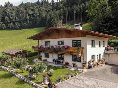 Itter Slot, Itter, Tyrol, Østrig