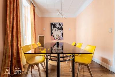 Direct bookings: www.arcaproperties.lu - Dining Area