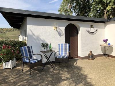 Eingang Haus Bergfalke, der optimale Platz für die kleine Pause zwischendurch...