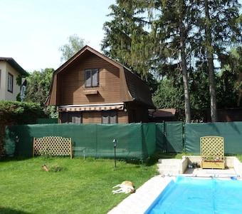 Vienna Cottage 2