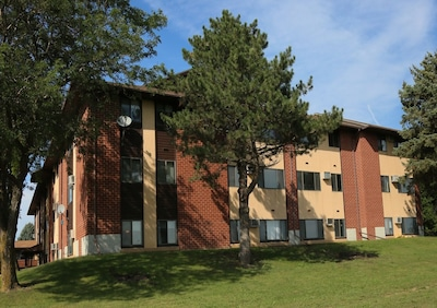 Exterior view of Valley View Apartments