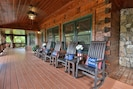 Large porch area overlooking the lake