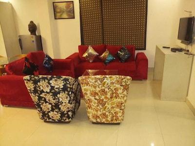 Homestay 3BHK Apartment at Chattarpur New Delhi