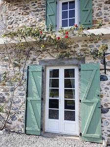 entrée façade principale de la maison