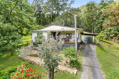 Riverview Cottage In Historic St Albans