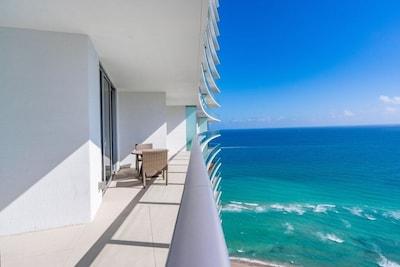 Hollywood Beach Condo
