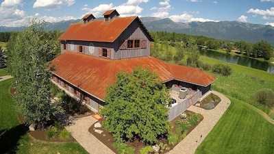 River Barn Estate - Exterior Arial View of property