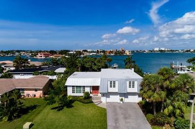 Bahia Shores, St. Pete Beach, Florida, USA