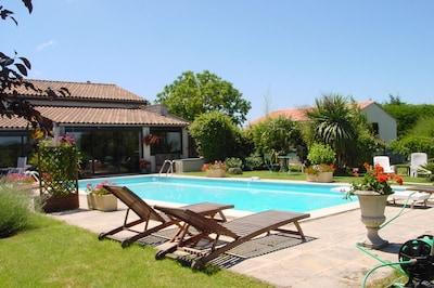Haute-Saintonge, Charente-Maritime (department), France