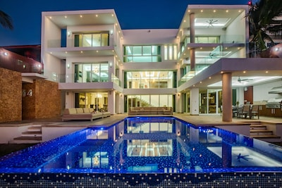 Olympus Home - Luxury Oceanfront House w/Private Pier + Pool