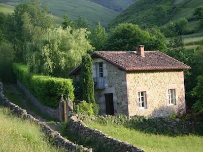 Valle de Cabuérniga, Cantabria, España