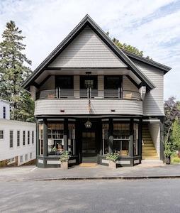 Thuya Garden, Maine, United States of America