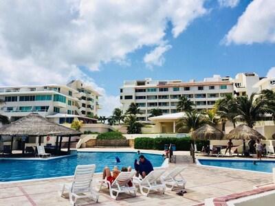 Brisas SeaLight Apartment Cancun