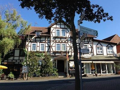 Hotel Thüringer Hof mit angrenzendem Ferienhaus