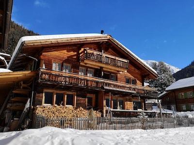 Juonli I Ski Lift, Davos, Graubuenden, Switzerland
