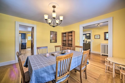 Dining Area | Dishware Provided | Kids Table
