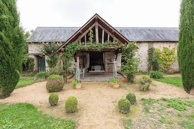 Champteussé-sur-Baconne, Chénillé-Champteussé, Maine-et-Loire, France