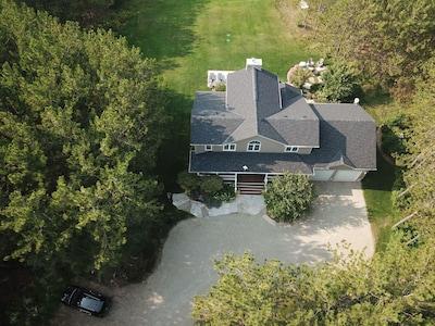 Aerial Shot - Frontyard
