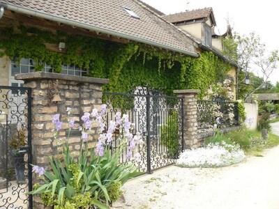 Montceaux-Ragny, Saone-et-Loire, France