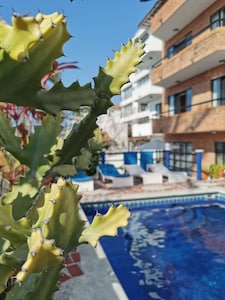Cozy departamento near from the beach and malecón, free parking.
