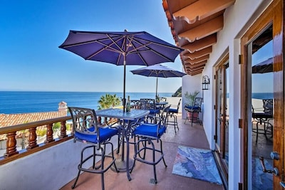 """""""Location, Location, Location..... We were extremely happy with the panoramic ocean views. Our friends thought we were in a different country. Looking forward to booking this place again in the future."""" Isabel stayed  2021"""