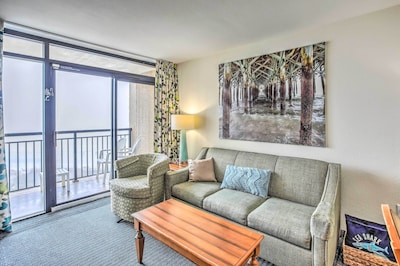 Living Room | Elevator Access | No Steps Required