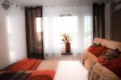 Ferienwohung Capitolio mit Sonnenterasse-Hauptschlafzimmer