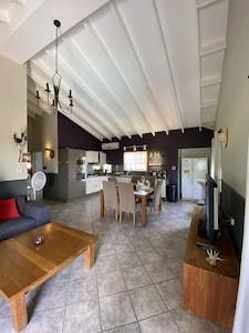 Shiribana, Paradera, Aruba