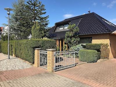Haus Neue Reihe 83a