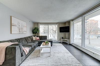 Diefenbaker Place, Saskatoon, Saskatchewan, Canada