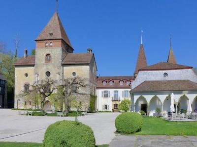 Muenchenwiler Castle, Muenchenwiler, Canton of Bern, Switzerland