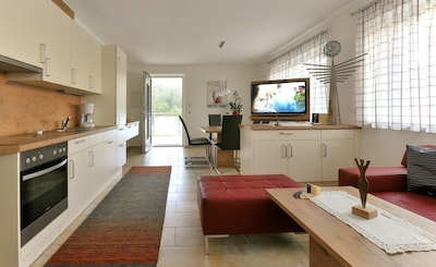 Ferienwohnung im Erdgeschoss (80 qm)-Wohnküche
