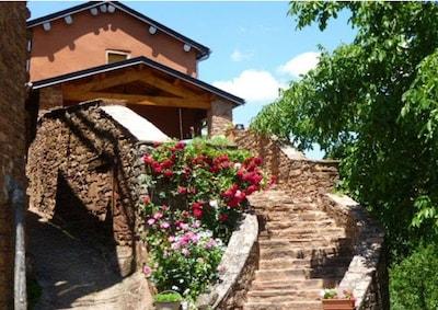Laval-Roquecezière, Aveyron, France