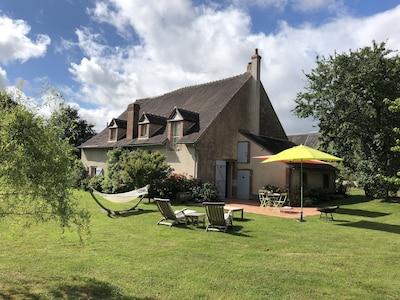 Autry-le-Châtel, Loiret (département), France