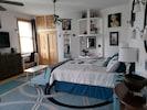 """Bedroom"",""Room"",""Indoors"",""Furniture"",""Flooring"""