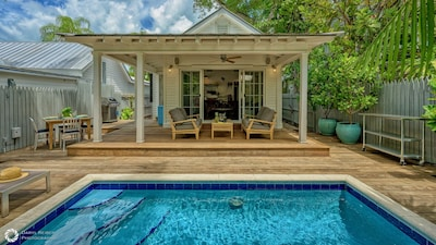 Whether you're under the lanai or in the pool, relaxed is what you'll be...