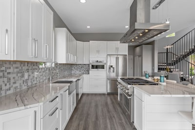 Spacious Kitchen with Thermador Oven