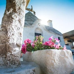 Μουσείο Museo del Territorio Casa Pezzolla, Alberobello, Puglia, Ιταλία